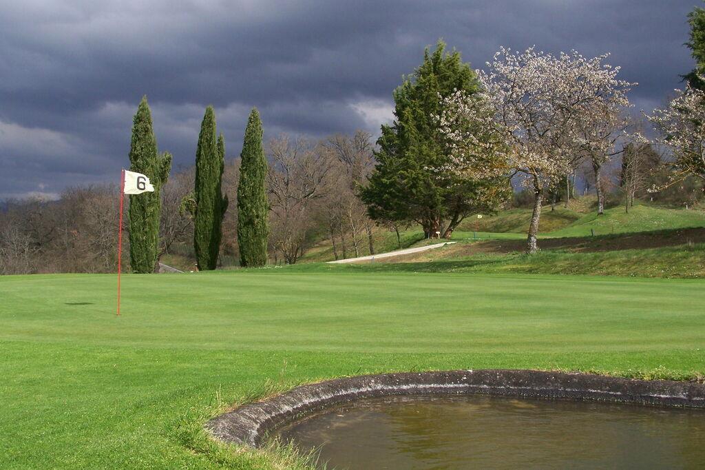 Play Golf Tuscany