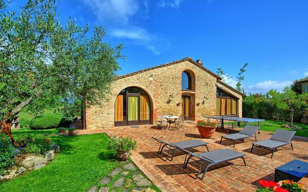 Villa Giulia, Villa for rent in Pancole, Tuscany