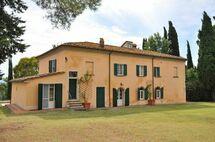 Casa Marciano, Villa for rent in Marciano Della Chiana, Tuscany