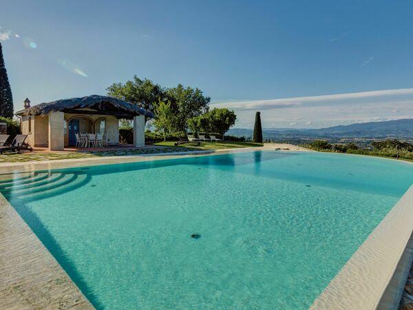 Villa Agazzi, Villa for rent in Arezzo, Tuscany