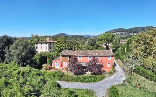 Casa Rosa, Villa for rent in Lucca, Tuscany