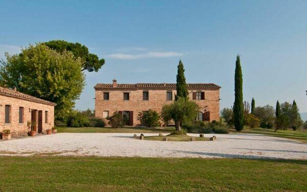 Villa Casale Del Pino in affitto a Camucia-monsigliolo