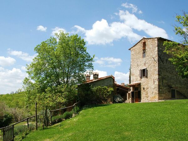 Casavecchia, Villa for rent in Volpaia, Tuscany