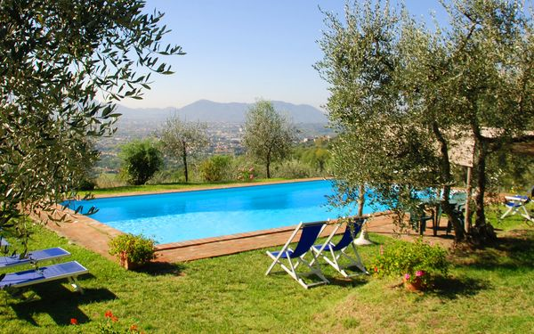 Giannello, Villa for rent in Matraia, Tuscany
