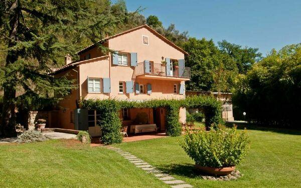 La Damigella, Villa for rent in Culla, Tuscany
