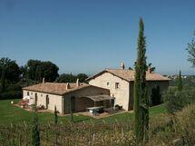 Lavacchio, Villa for rent in Camigliano, Tuscany