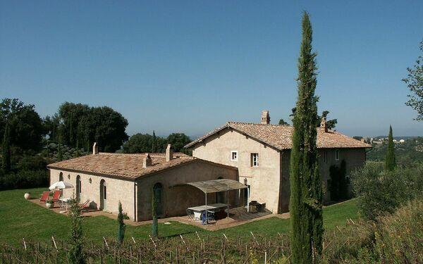 Villa Lavacchio in  Camigliano -Toskana