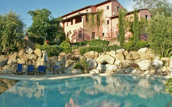 Le Rondini, Villa for rent in San Lorenzo, Tuscany