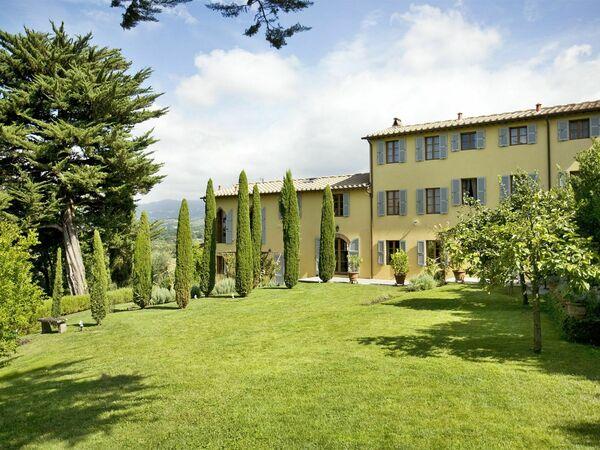 La Corte Malgiacca, Villa for rent in Gragnano, Tuscany