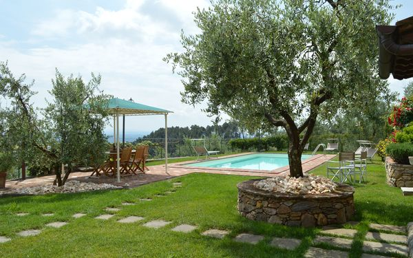 Nel Guasto, Villa for rent in Castelvecchio, Tuscany