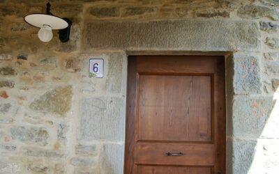 Nr.6: entrance
