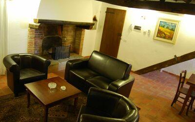 Nr.6: livingroom with original 1760 fire place