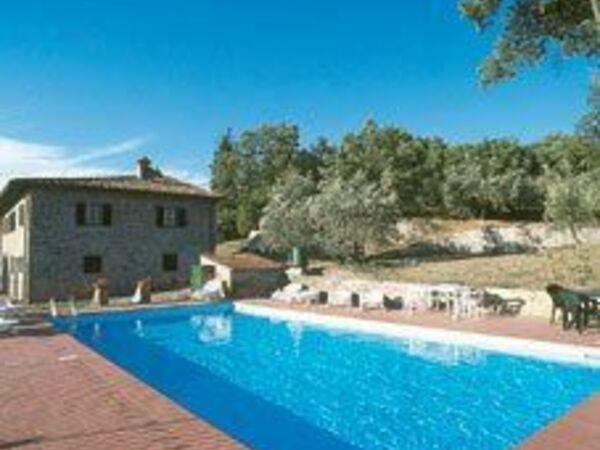 Querciolaia, Villa for rent in Pergine Valdarno, Tuscany