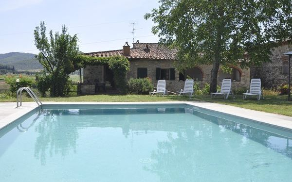 Scerfio, Villa for rent in Pergine Valdarno, Tuscany