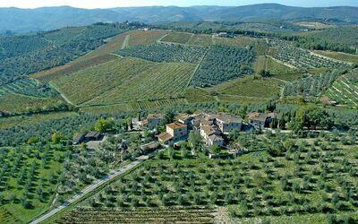 Villa Gallo Nero: Hamlet aerial view
