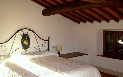Villa Gallo Nero: 1 of the 3 bedrooms in the second floor