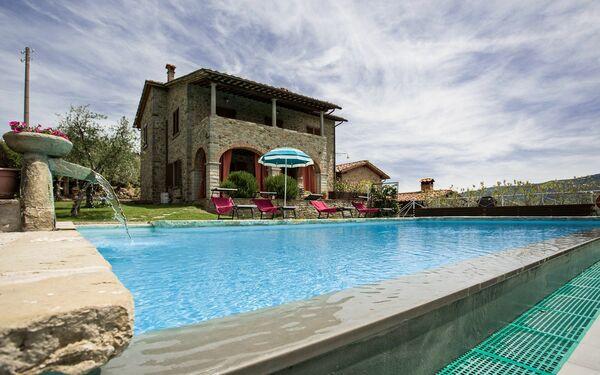 Villasenaia, Villa for rent in Castiglion Fiorentino, Tuscany