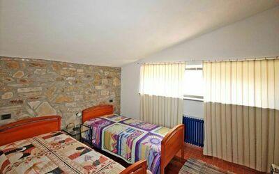 Dependance a: Bedroom 2/3