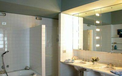 Casale: Bathroom 1/4