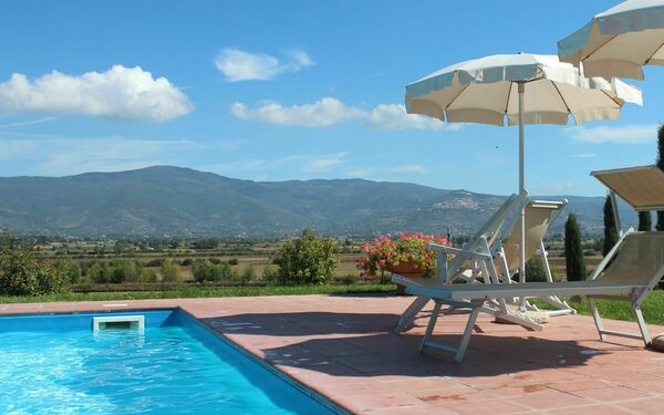 Villa Giare, Villa for rent in Fratticciola, Tuscany