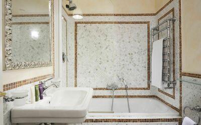 Vista Su Piazza Della Signoria: Bathroom