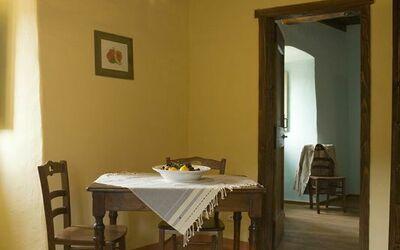 Apt Il Melograno: Il Melograno living room