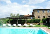 Borgo Gerlino, Villa for rent in Rapale, Tuscany