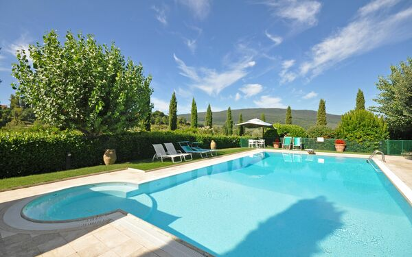 Poggiluglio, Apartment for rent in San Gimignano, Tuscany