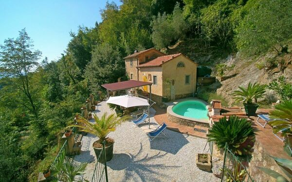 Casa Rocca, Country House for rent in Camaiore, Tuscany