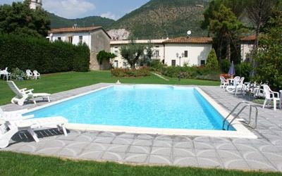 Giulia, Holiday Apartment for rent in Santa Maria Del Giudice, Tuscany