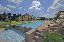 Villa Insoglio, Villa for rent in Montelopio, Tuscany