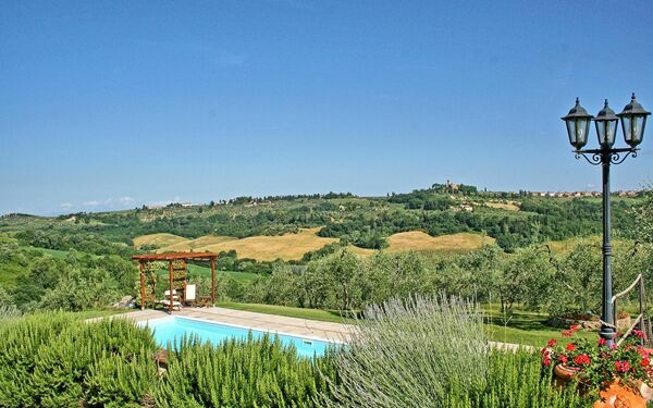 Trecento, Apartment for rent in Montespertoli, Tuscany