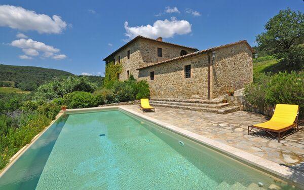 Villa Renieri, Villa for rent in Castelnuovo Dell'abate, Tuscany