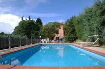 Villa L Olivella in  Camaiore -Toskana