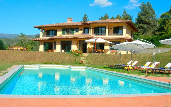 Villa Saida, Villa for rent in Castelnuovo Di Garfagnana, Tuscany