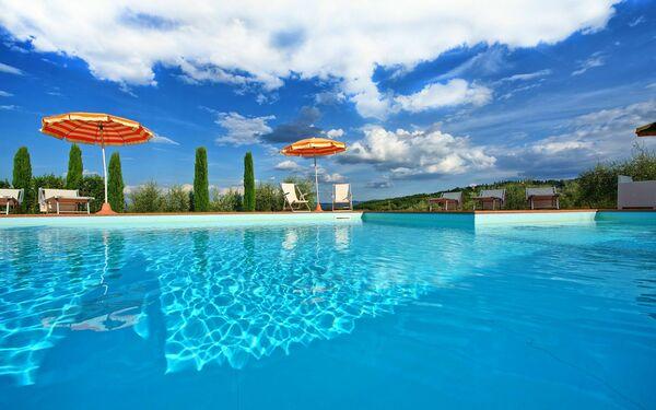 Villa Rachele, Villa for rent in Il Merlo, Tuscany