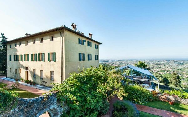 Villa Villa Camaiore in affitto a Camaiore