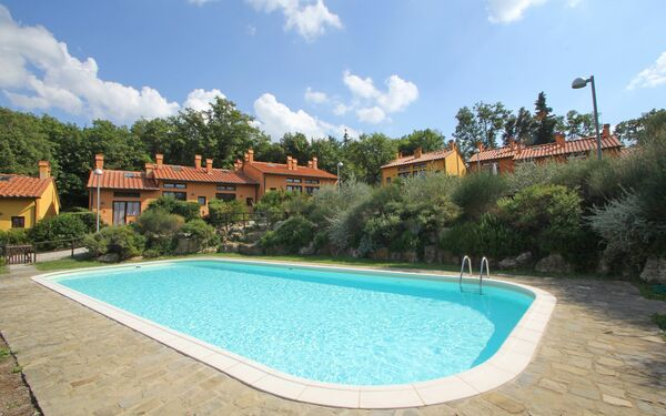Borgo In Foresta, Holiday Home for rent in Camporbiano, Tuscany
