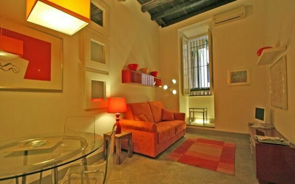 Appartamentino Luisa, Holiday Apartment for rent in Rome, Latium
