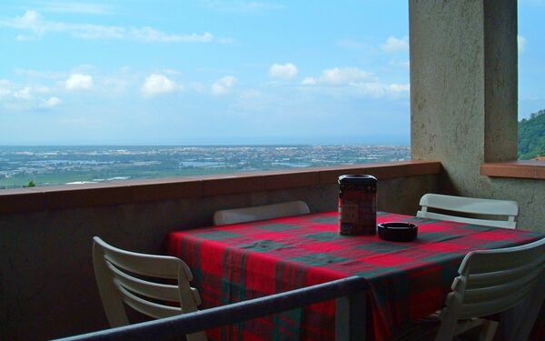 Panoramico, Holiday Apartment for rent in Massarosa, Tuscany
