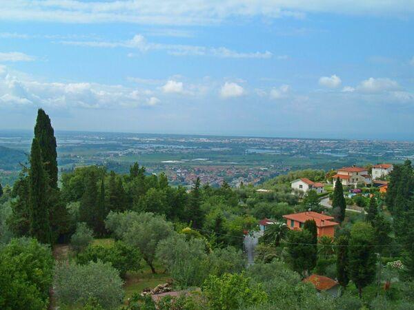 Appartamento Vacanze Panoramico in affitto a Corsanico-bargecchia