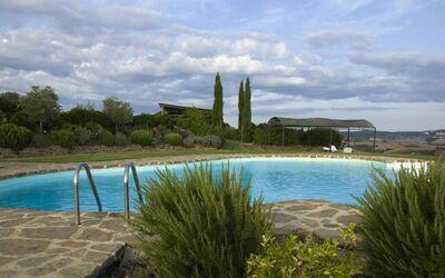 La Casa Del Sole Di Siena: The swimming pool