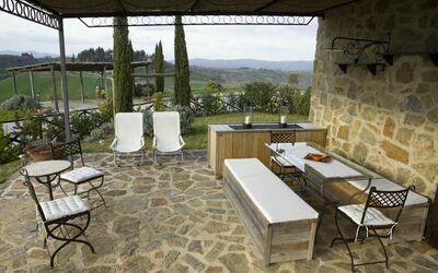 La Casa Del Sole Di Siena: The patio