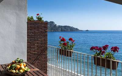 Alessia: Holiday Apartment Sicily