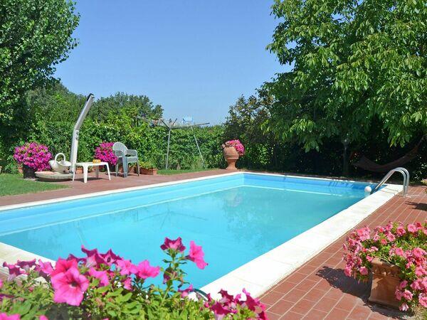 Villa Casa Laura in affitto a Montecchio