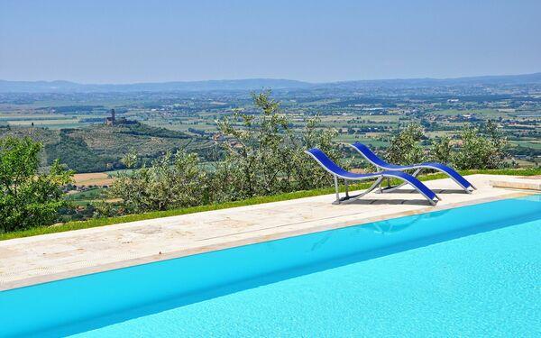 Villa Noceta, Villa for rent in Santa Lucia, Tuscany
