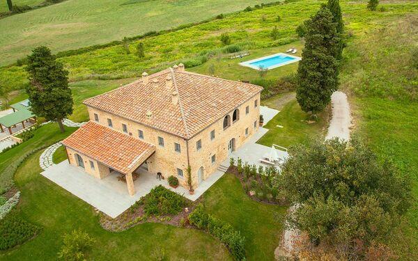 Apartment Casale La Valle in affitto a Castelfalfi