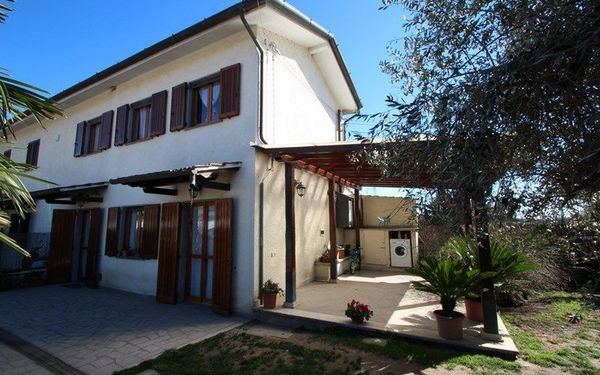 Casa Vitale, Holiday Home for rent in Seravezza, Tuscany