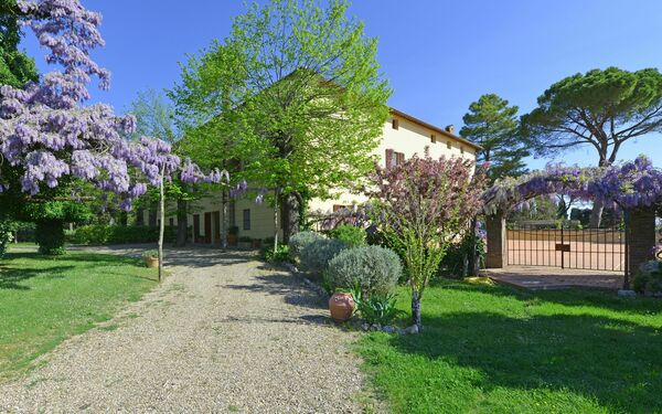 Villa Pietro, Villa for rent in Ville Di Corsano, Tuscany