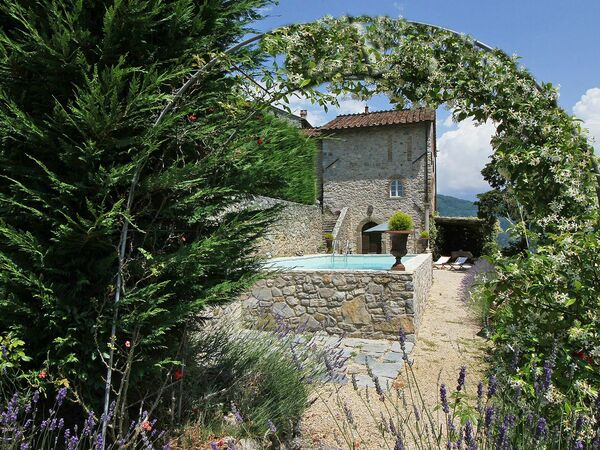 Gran Burrone, Villa for rent in Rocca, Tuscany